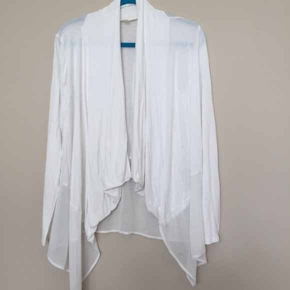 miami - Flowy White Cardigan from Kara's closet on Poshmark